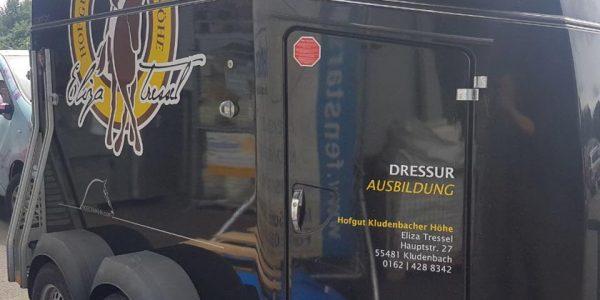 Hofgut Kludenbacher Höhe – Pferdeanhänger